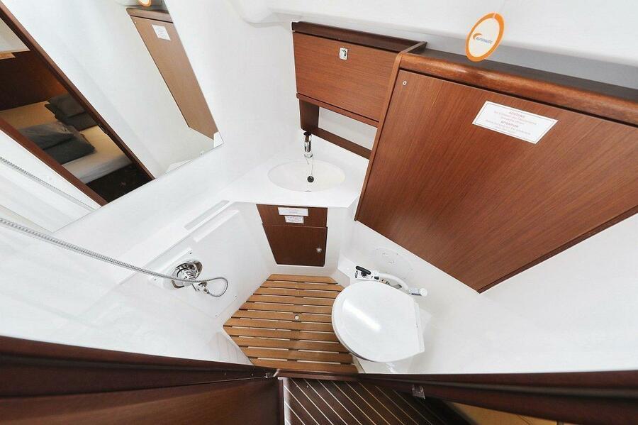 Bavaria Cruiser 46 Style (Grand Slam)  - 8
