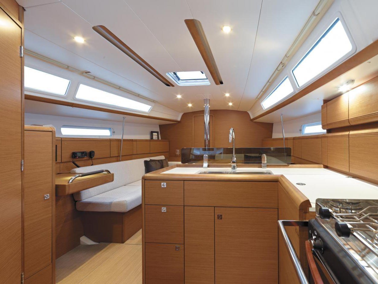 Sun Odyssey 389 (SO389-1) Interior image - 3