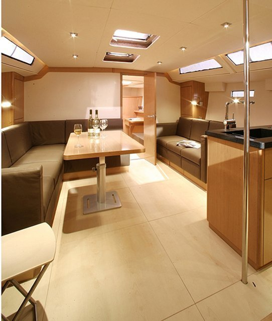Hanse 470 (Shadow of the wind) Interior image - 5