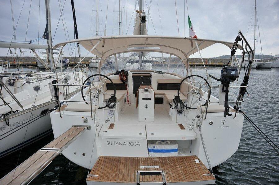 Sun Odyssey 440 (Sultana Rosa)  - 2