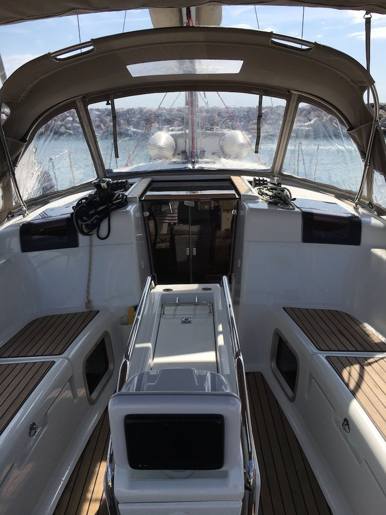 Sun Odyssey 419 (GioGio) cockpit - 11
