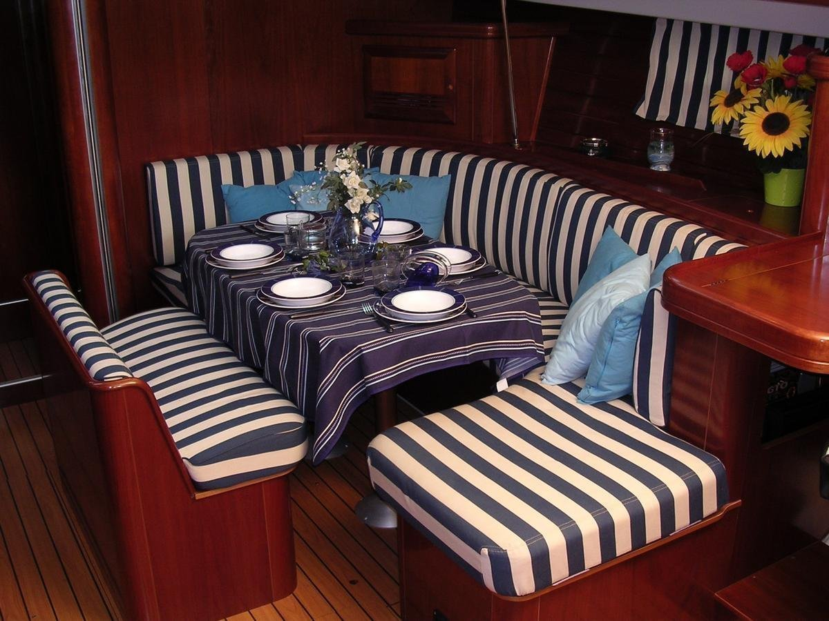 Oceanis 473 (Lullaby) Interior image - 7