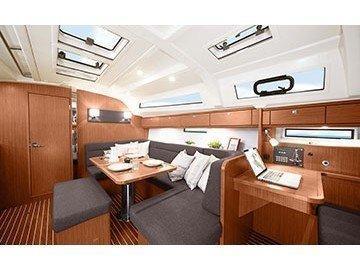 Bavaria Cruiser 41 (Nireus) Interior image - 5