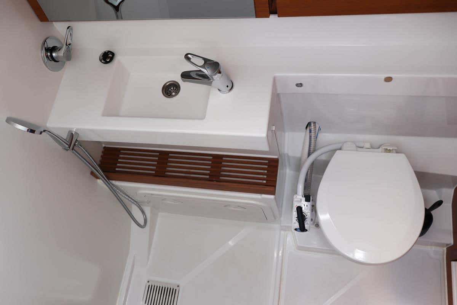 Sun Odyssey 440 - 3 cabin, 2 heads (Ella Victoria)  - 16