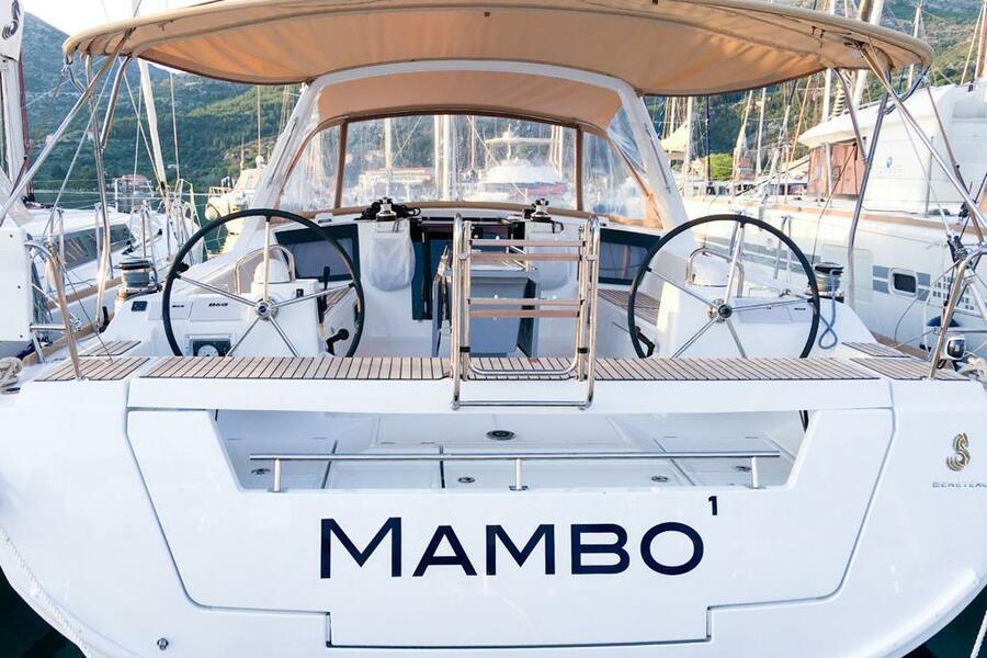 Oceanis 45 (4 cabs) (Mambo 1)  - 2