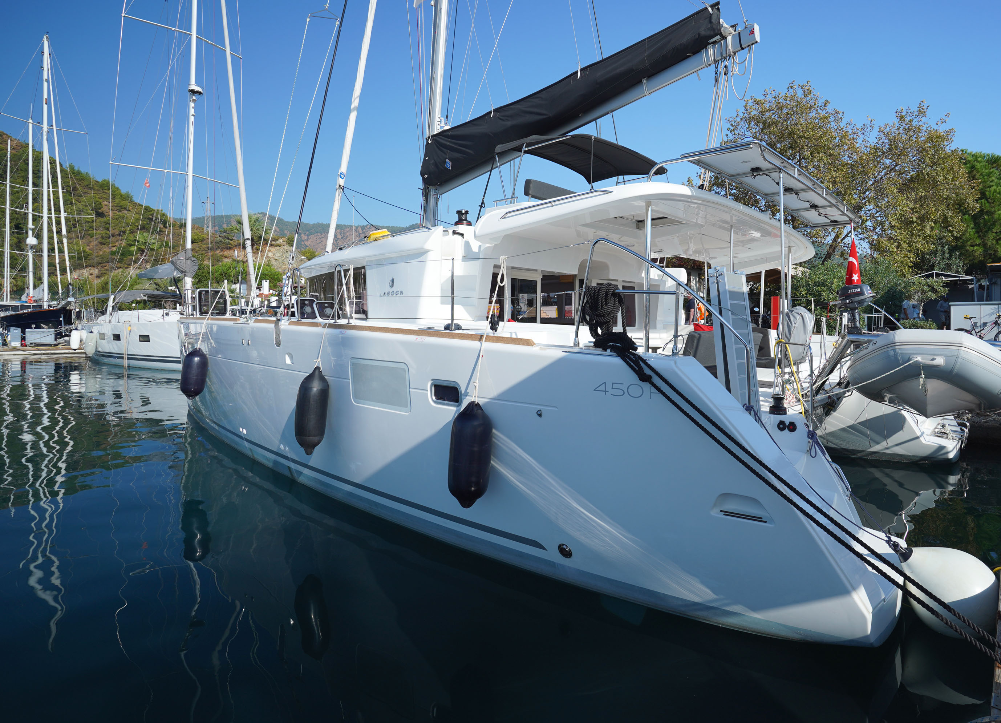 Lagoon 450F (Big Dream)  - 7