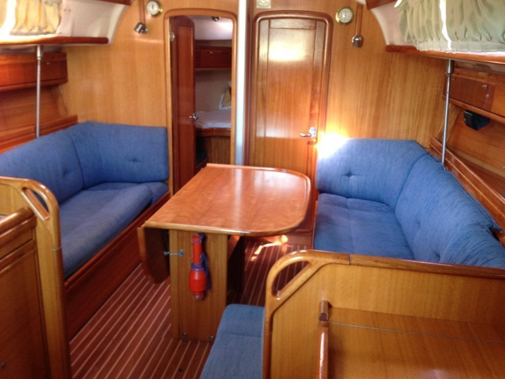 Bavaria 38 Cruiser (Fineas) Interior image - 2