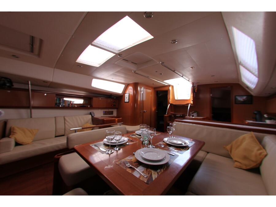 Oceanis 54 (Blackjack - (A/C - Generator - Refit 2020)) Interior image - 5