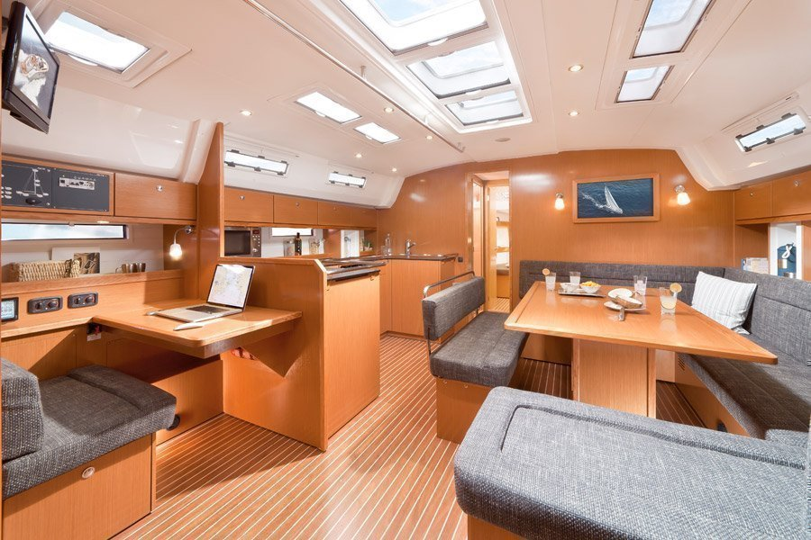 Bavaria 50 BT '12 (Bach) Interior image - 2
