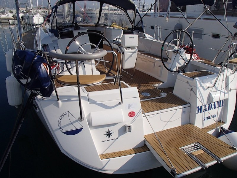 Sun Odyssey 439 owner version  (MADAME)  - 17
