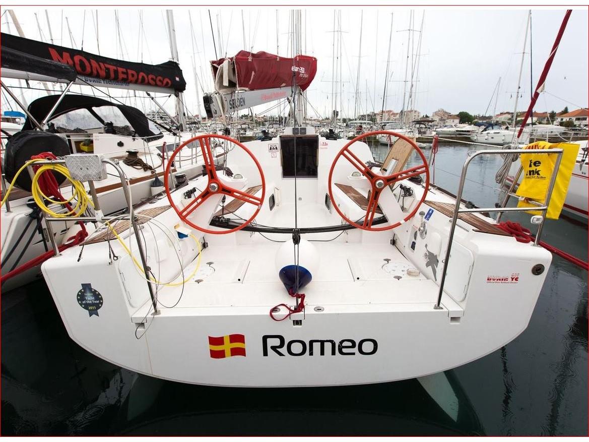 Elan 350 (Romeo) Main image - 0