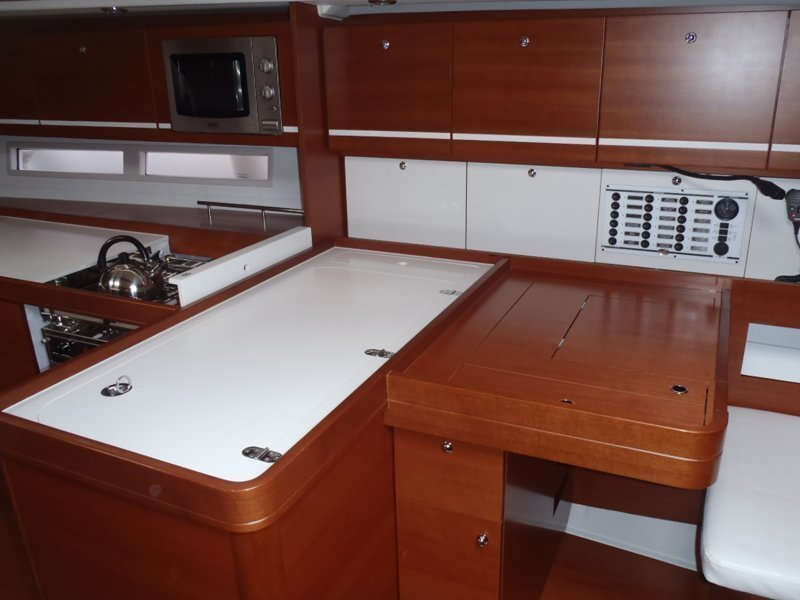 Dufour 445 GL 6 pax (Ambiente V) nav table image - 7