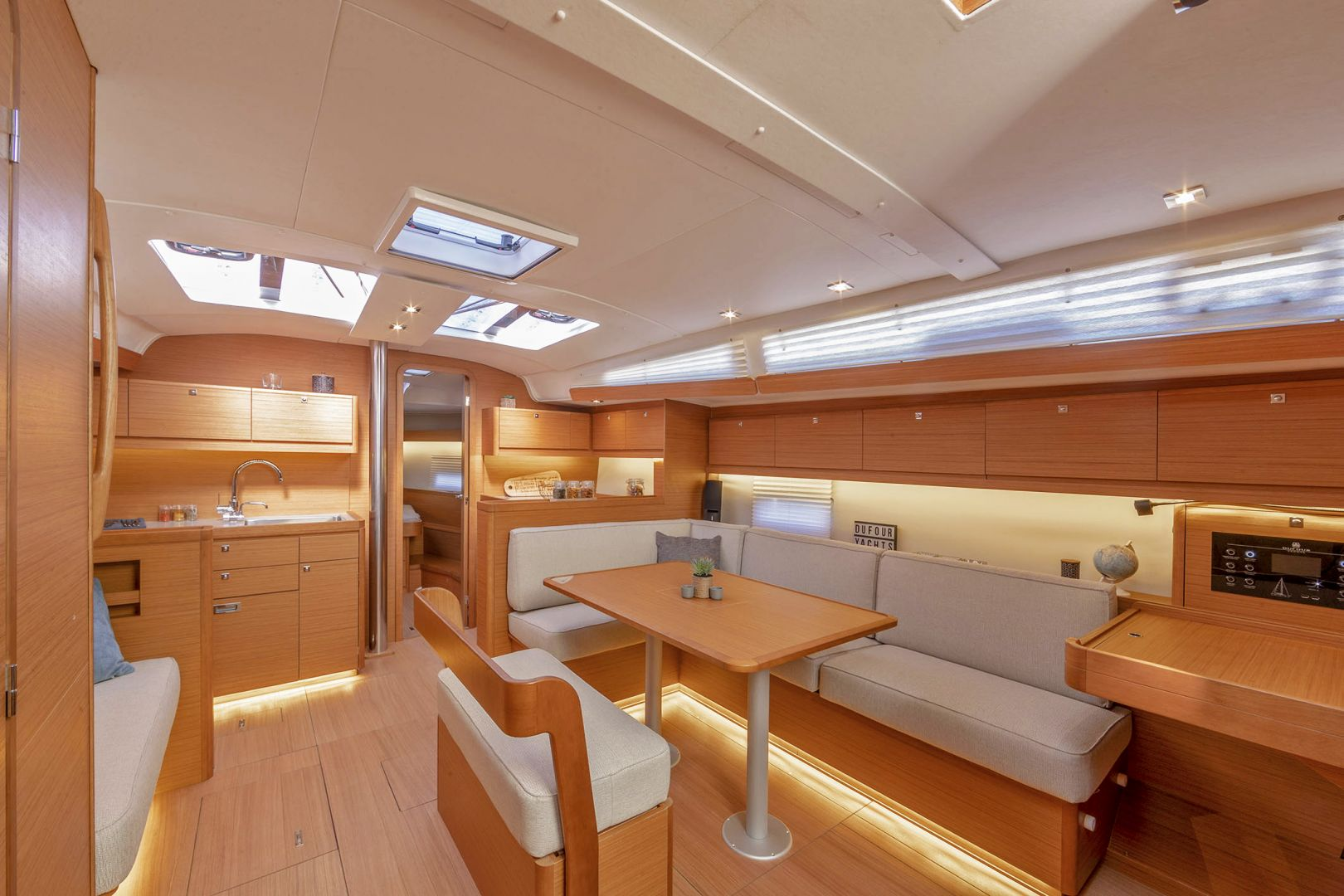 Dufour 430 Grand Large (Hermione)  - 12