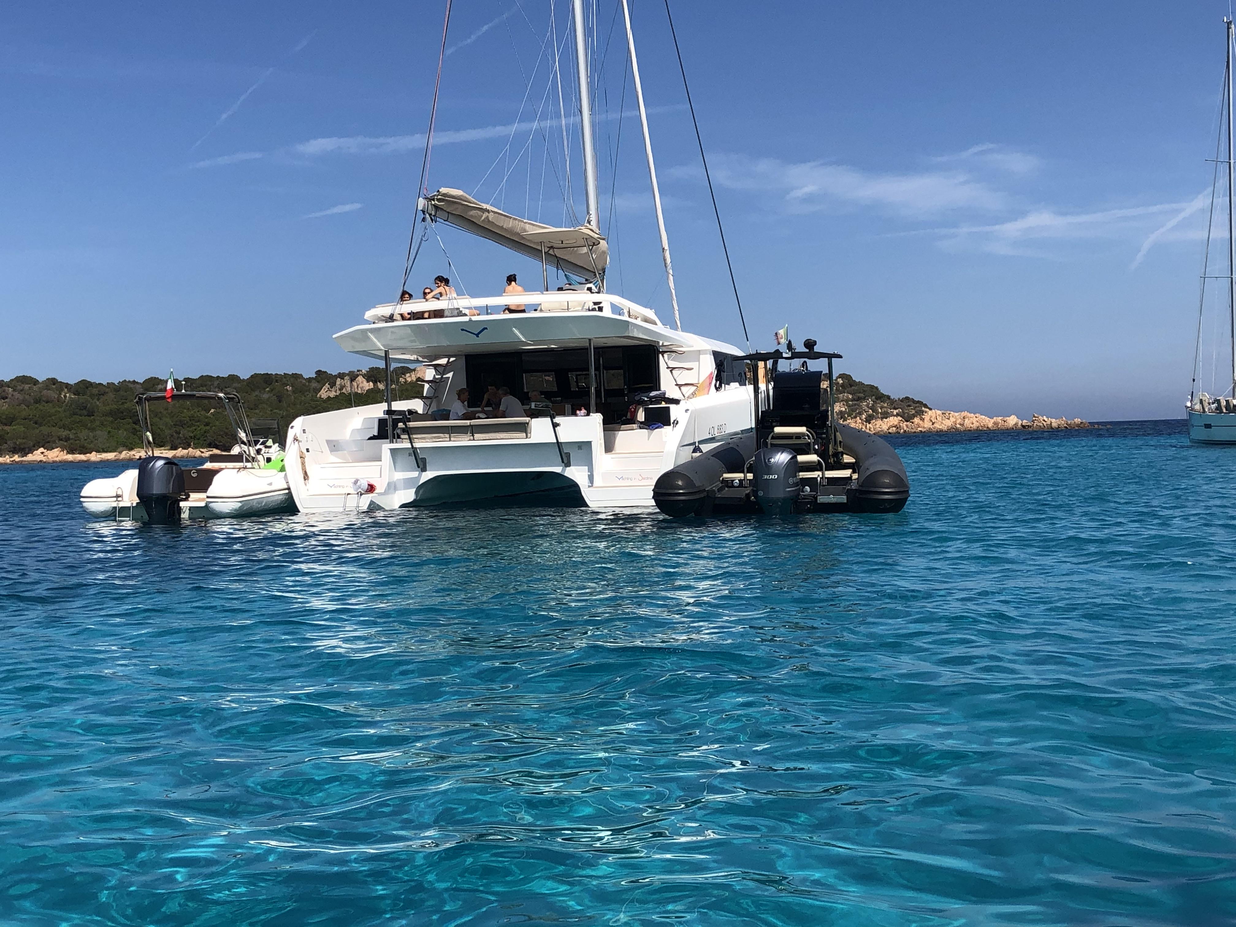 Dufour Catamaran 48 (Argo)  - 12