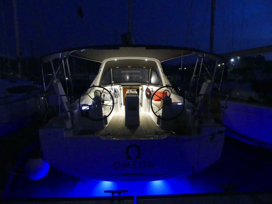 Oceanis 38 (Omega)  - 8