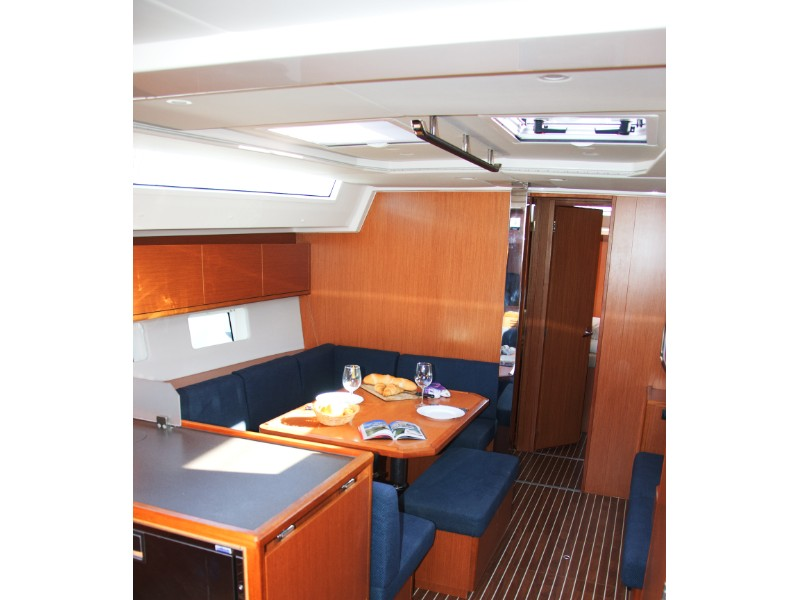 Bavaria C45 Holliday (Barbara I) Interior image - 18