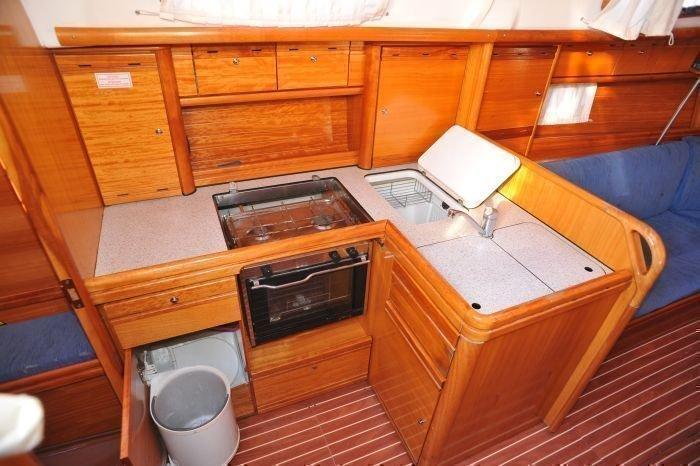 Bavaria 37 Cruiser (Mare) MARE - 24