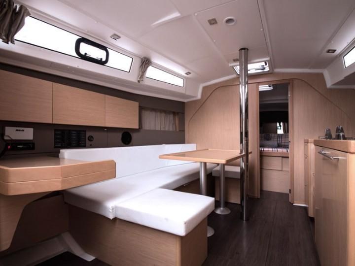 Oceanis 38 (3 cabins) (Salsa) Interior image - 1