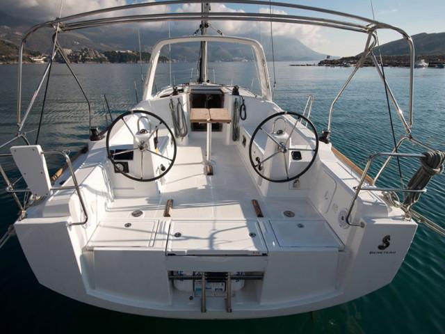 Oceanis 38 (3 cabins) (Salsa)  - 2