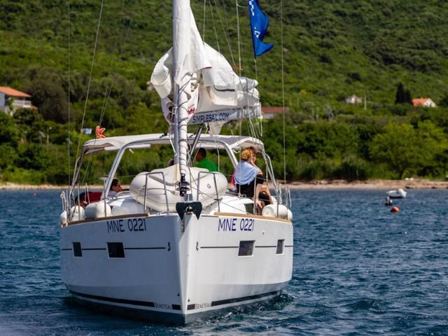 Oceanis 38 (3 cabins) (Salsa)  - 6