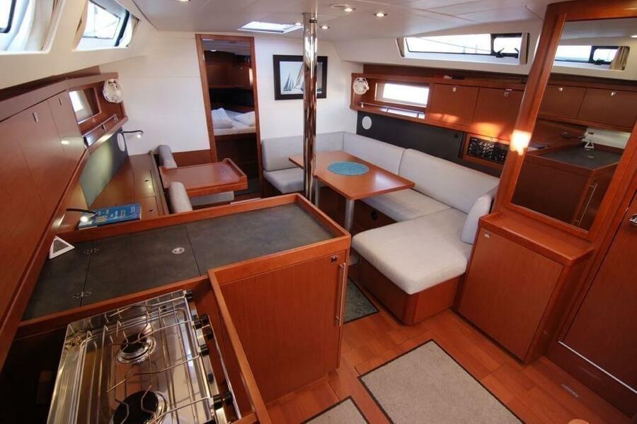 Beneteau Oceanis 41 (EYS)  - 3