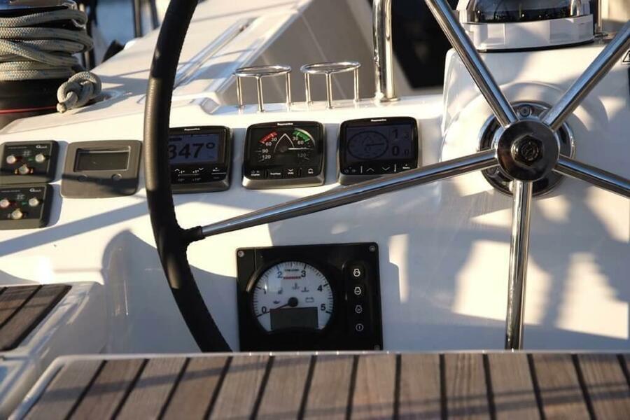 Beneteau Oceanis 41 (EYS)  - 5