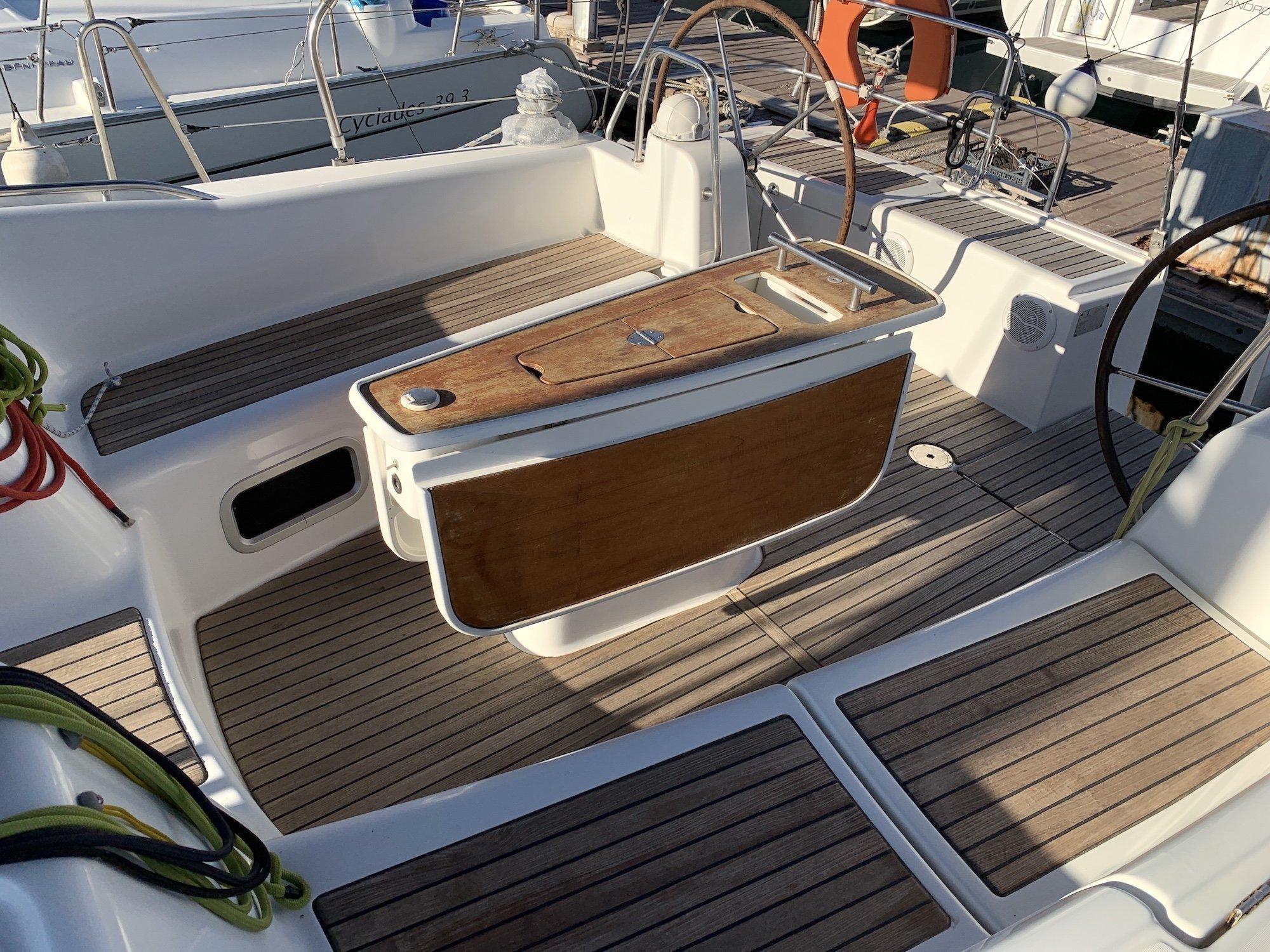 Oceanis 46 (Victoria)  - 8