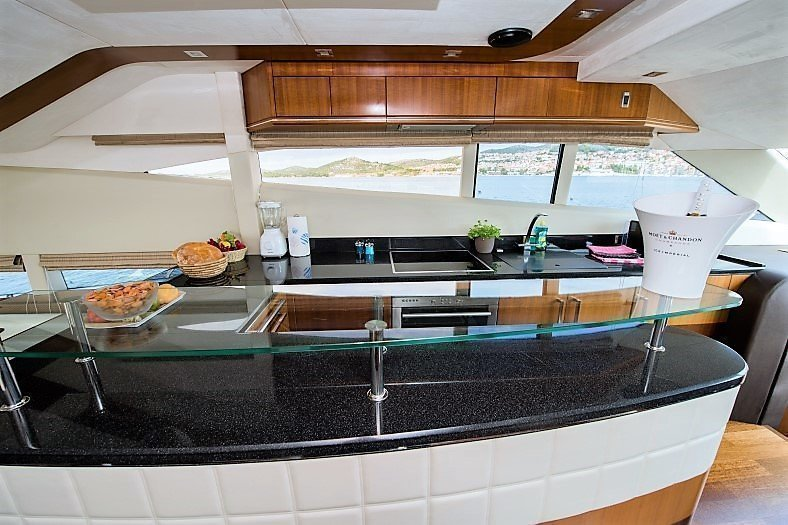 Galeon 640 Fly (Le Chiffre)  - 16