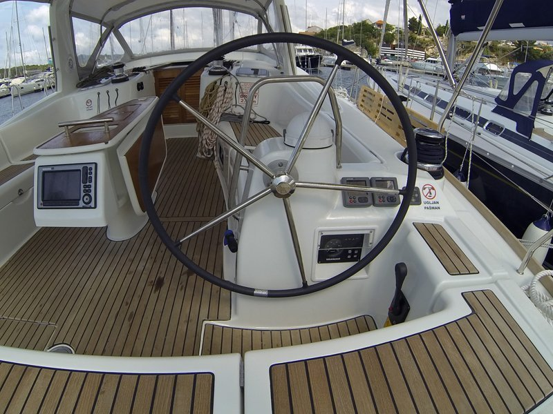 Oceanis 50 (Pika II (Bowthruster, Sails 2020, AC + generator)) Oceanis 50 - 22