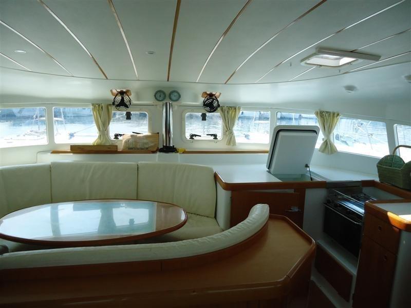 Lagoon 410 (Kivotos) Interior image - 3