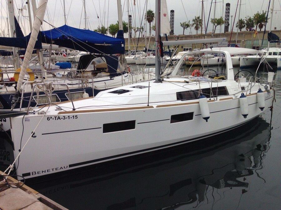 Oceanis 35 Cruiser (L'avi) Main image - 0