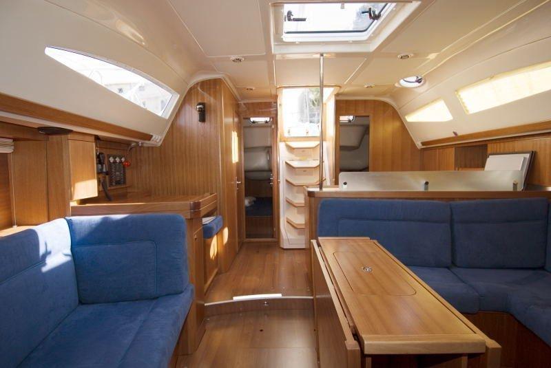 Elan 434 Impression (Aquaholic) Interior image - 2