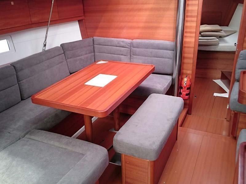 Dufour 410 (3c-2h) (Mon Ami) Interior image - 2