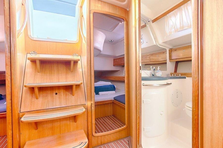 Bavaria 46 Cruiser (IRINA) Bavaria 46 Cruiser Charter Croatia - 9