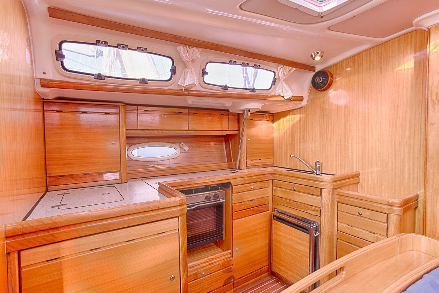 Bavaria 46 Cruiser (IRINA) Bavaria 46 Cruiser Charter Croatia - 10
