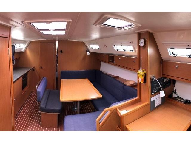 Bavaria Cruiser 40 (B40-2) Interior image - 1