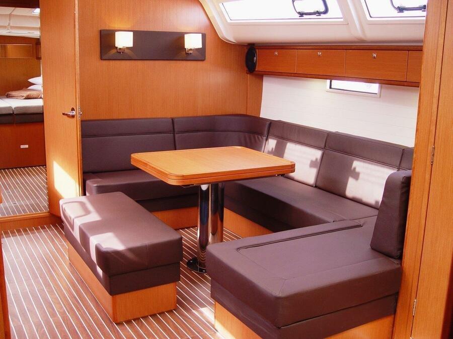 Bavaria Cruiser 51 (Zedaron) Interior image - 1