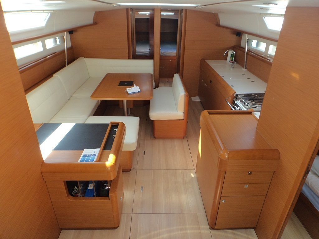 Sun Odyssey 509 (Rock Point) interior - 16