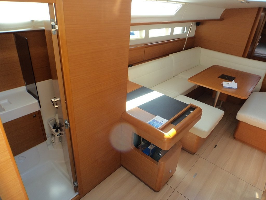 Sun Odyssey 509 (Rock Point) interior - 21