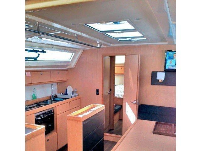 Bavaria Cruiser 46 (Kostaki) Interior image - 2