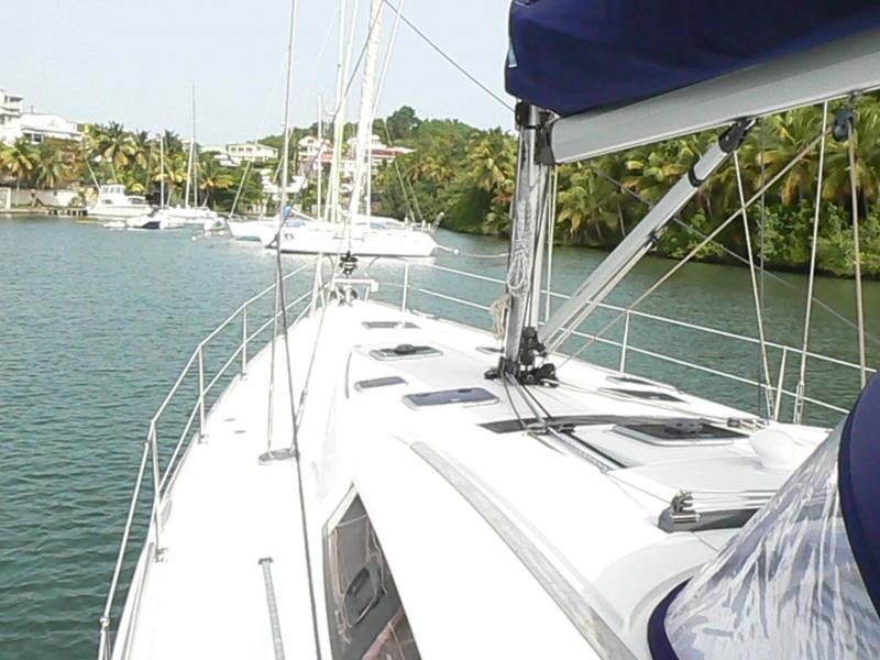 Oceanis 54 (Selene) Ship / deck / windows - 5