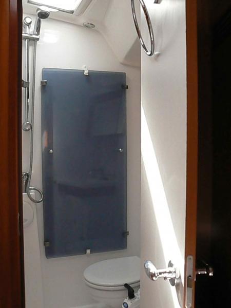 Oceanis 54 (Selene) Bath / toilet - 12
