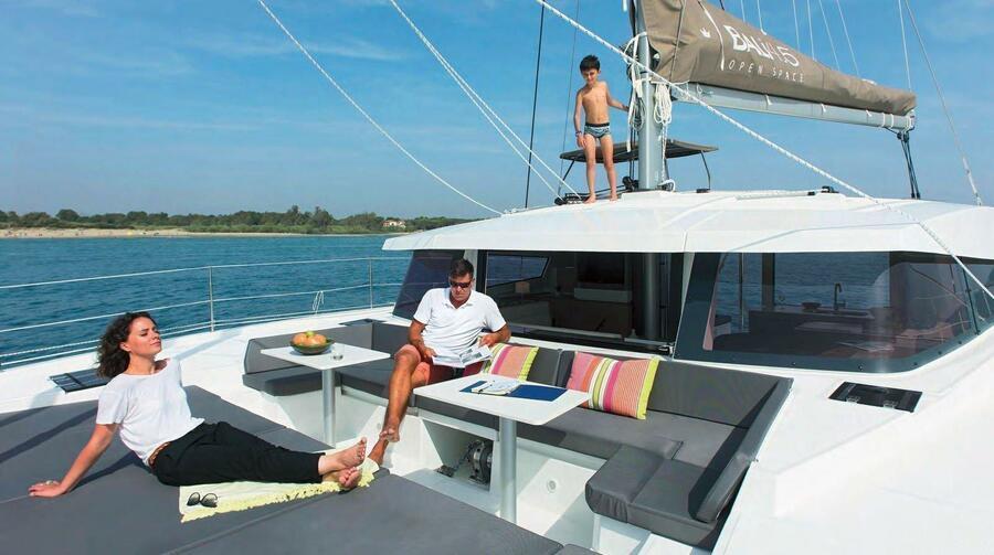 Bali 4.5 (LeAndra) Front Deck - 17