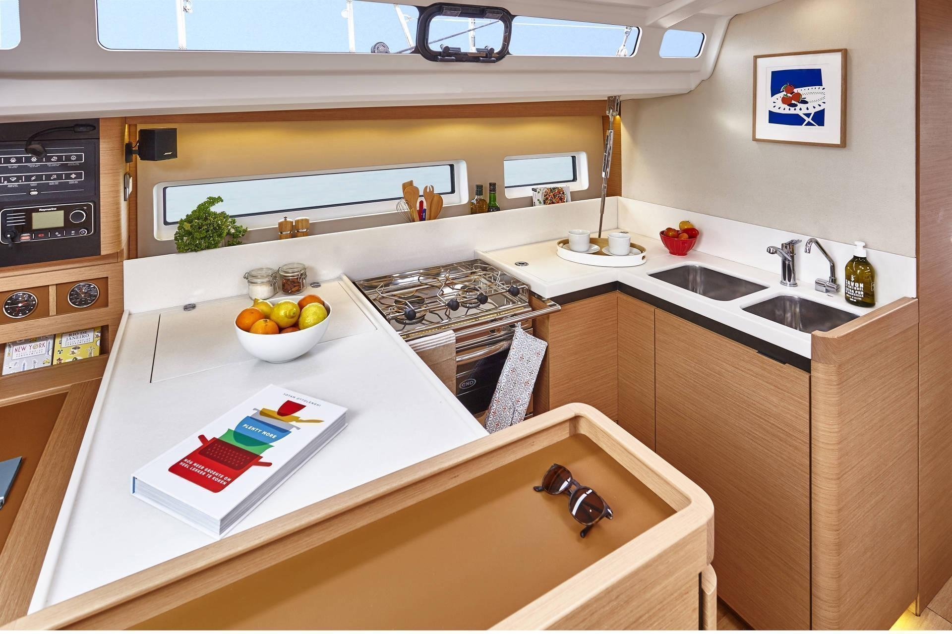 Sun Odyssey 440 (Celtic Breeze) Galley - 1