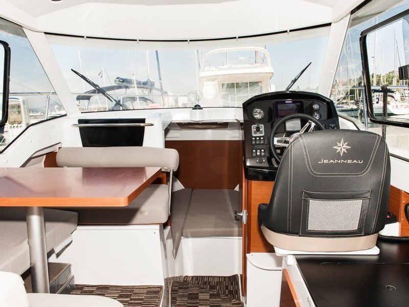 Jeanneau Merry Fisher 795 (ROKO) Interior image - 10