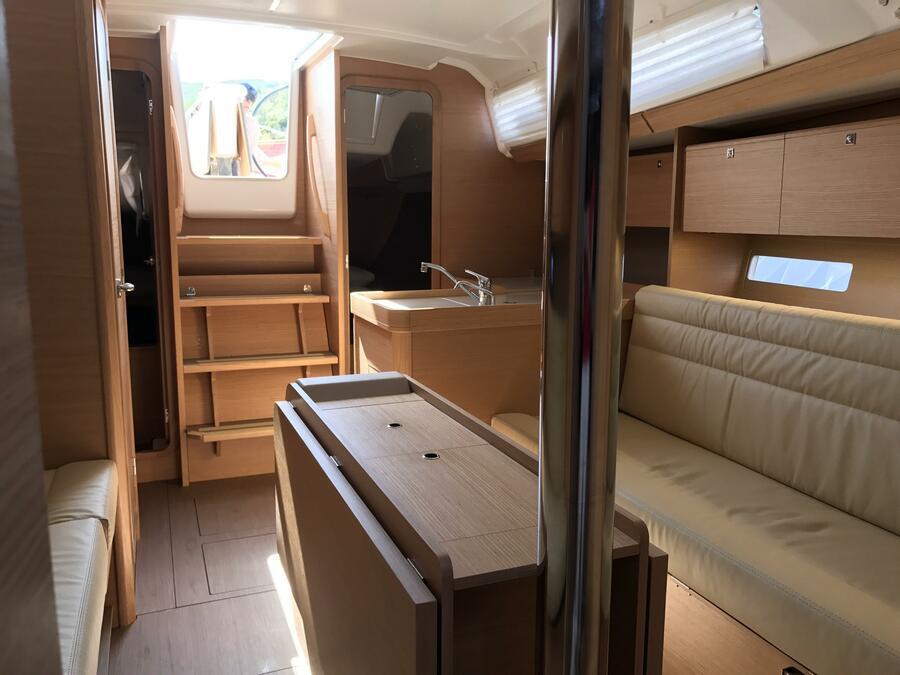 Dufour 350 GL (Chiara) Interior image - 1
