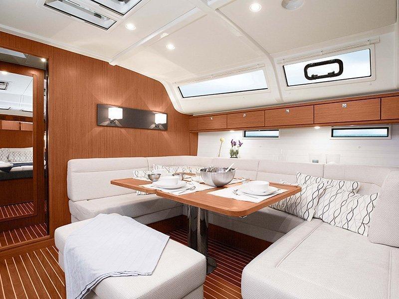 Bavaria Cruiser 51 (LU ) Interior image - 1