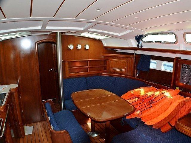 Oceanis Clipper 423 (Brava) Interior image - 14