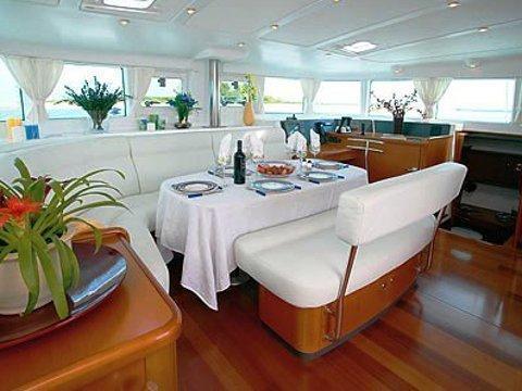 Lagoon 440 (MOVI) interior images - 3