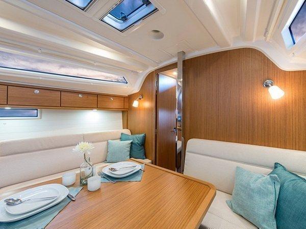 Bavaria Cruiser 37 (SUN COURSE)  - 18